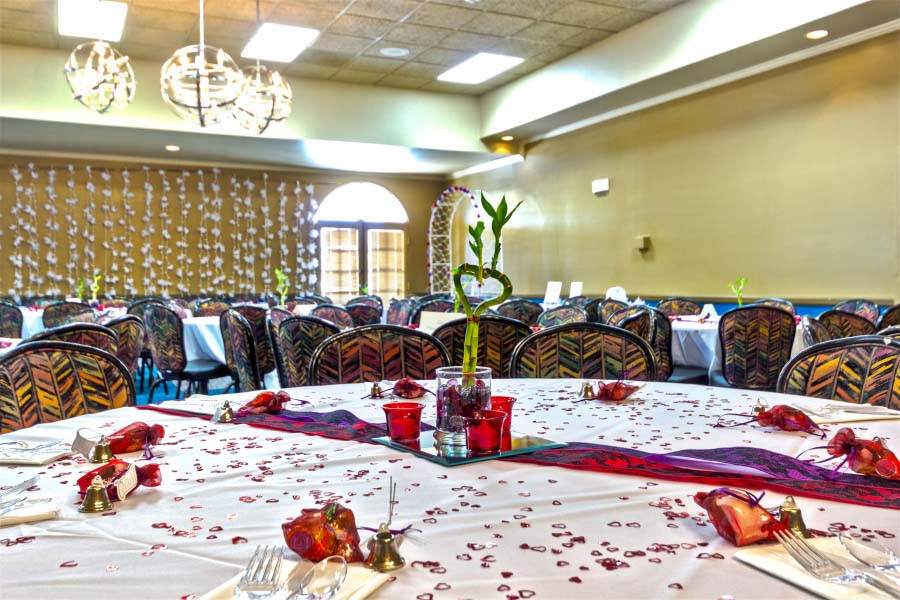 Banquet Hall Ideal For Weddings and Business Conferences